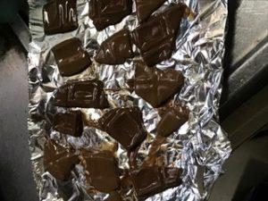 バレンタインデー友チョコ焼きチョコ簡単レシピ