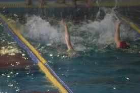スイミングスクール目標四泳法マスター